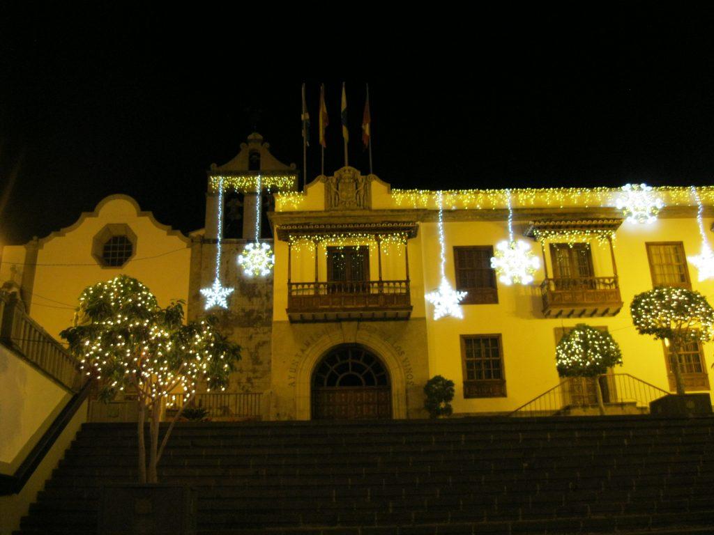 Vánočně vyzdobený Icod de los Vinos